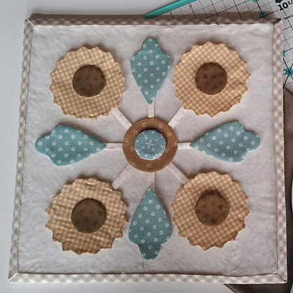 Sunflower Block on Mini Design Board