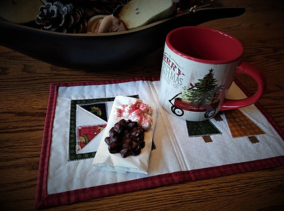 Christmas mug rug with Christmas mug and candy