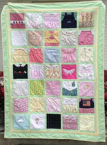 Quilt made from baby clothes - Pinterest